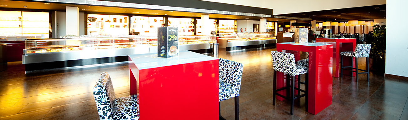 Dise o y decoracion de pastelerias empresa pastpan for Diseno de cafeterias pequenas